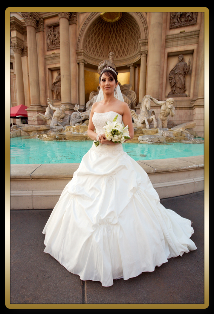 Vegas wedding gowns wedding ceremony for Wedding gowns las vegas